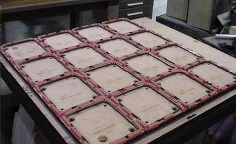 Mold Manufacturing of In-Line Vacuum Mold, Die, Box for Lids & Tubs