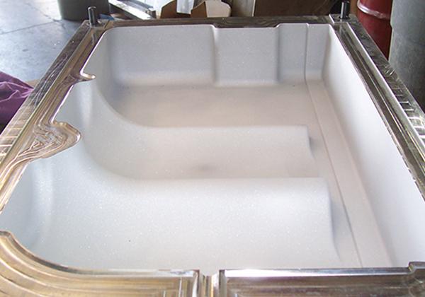 CNC BLOWMOLD - blow molding details
