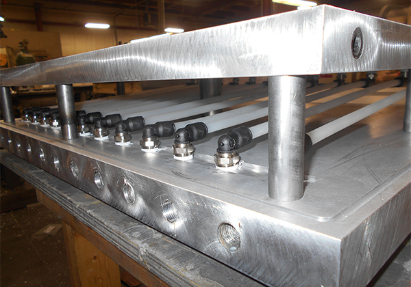 WATER PLATE WITH ASSEMBLY